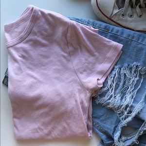 GAP baby pink short sleeve t-shirt !